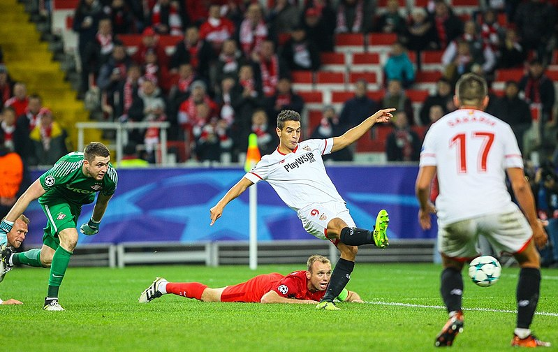 Monaco and Sevilla swap important players