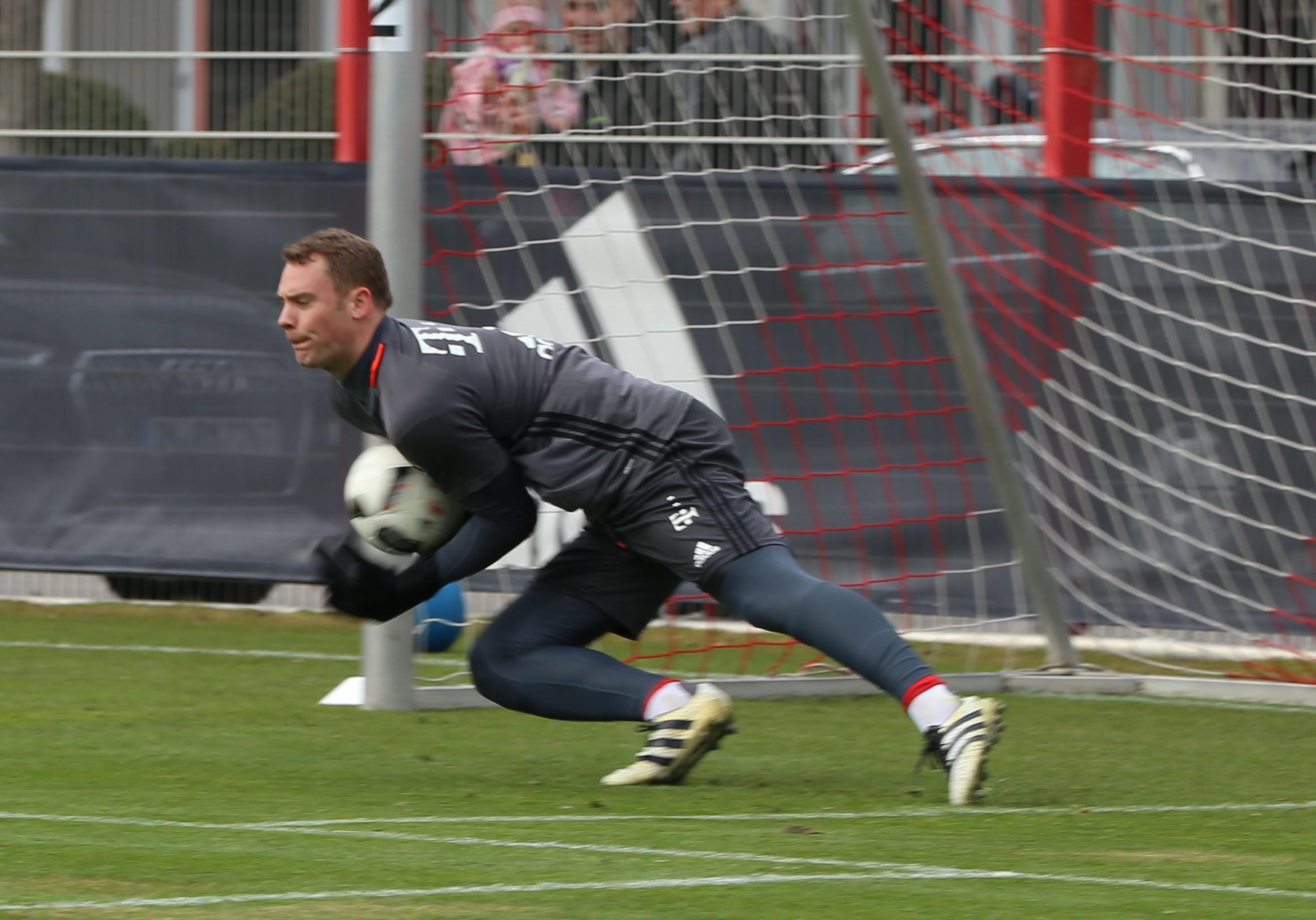 Bundesliga clubs return to training