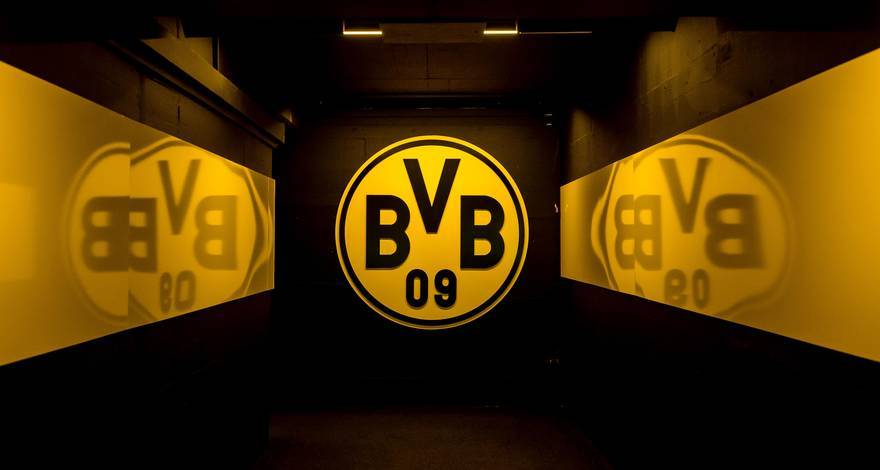 Hail Dortmund, PSG, Bayern, and Porto, who all rejected the so-called Super League