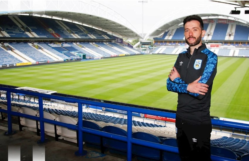 Leeds United assistant joins Huddersfield as Head Coach