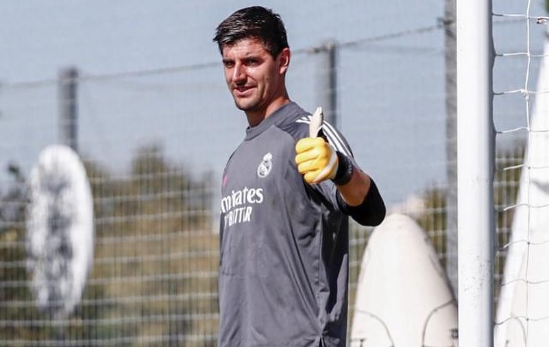 Courtois: It's impossible to compare Cristiano and Lionel, Ronaldo is more athletic, Messi is more talented