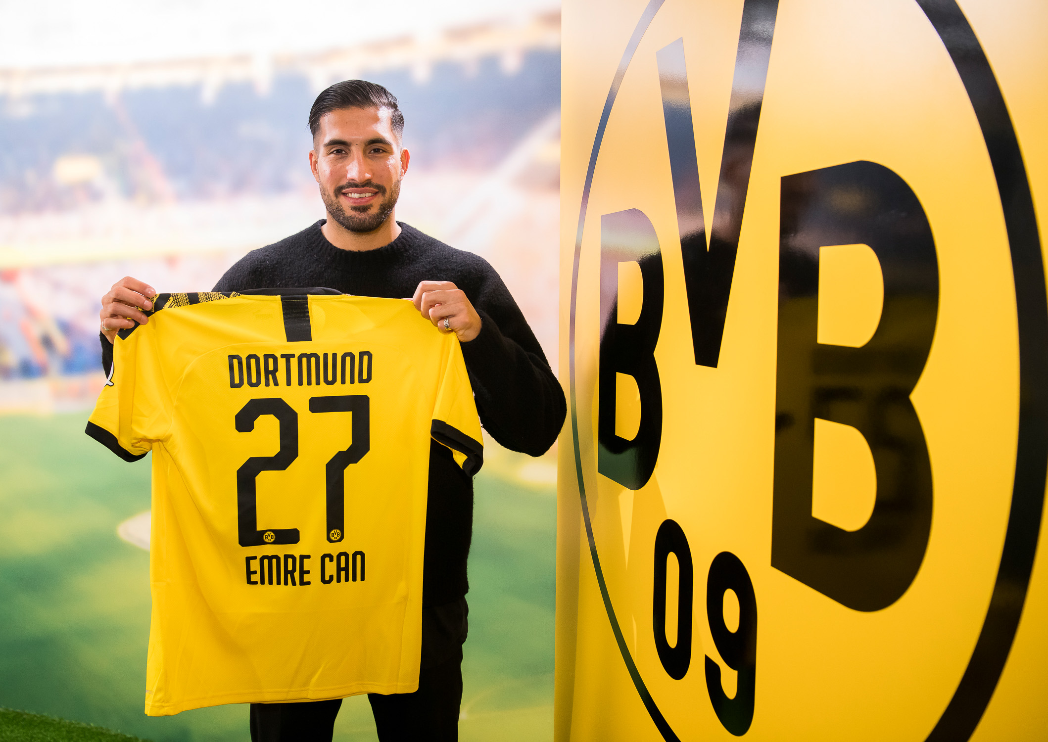 Alcacer moves away from Haaland's path, Emre Can joins BVB