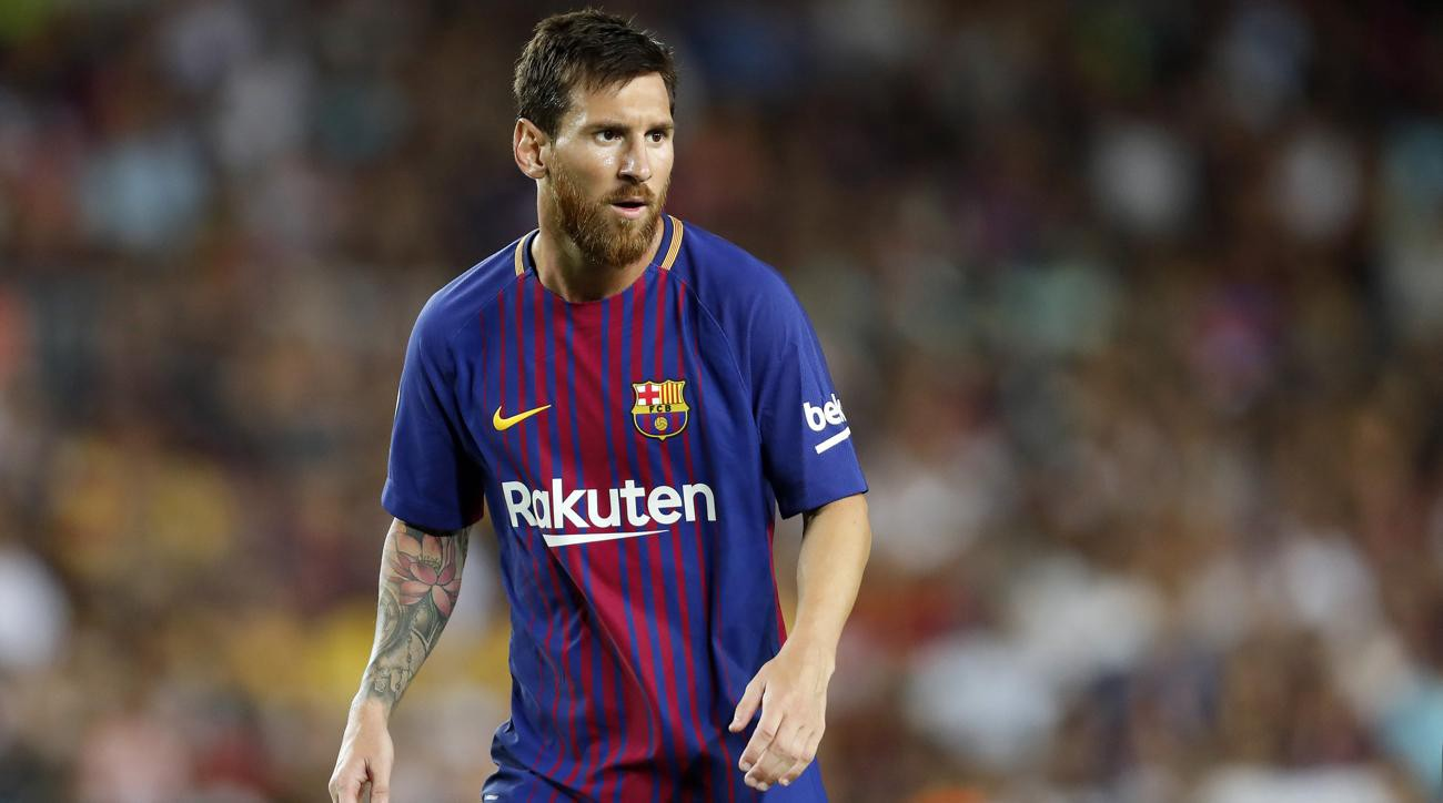 Koeman criticizes club president for comments about wanting to sell Messi in the summer