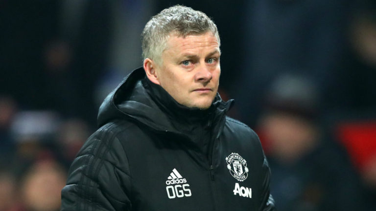 Mourinho responds to Ole's weird criticism: Sonny is very lucky that his father is a better person than Solskjaer