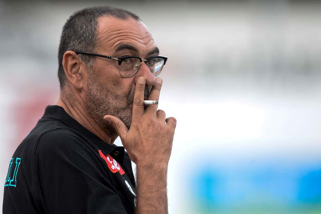 Lazio announces Sarri by posting a lit cigarette