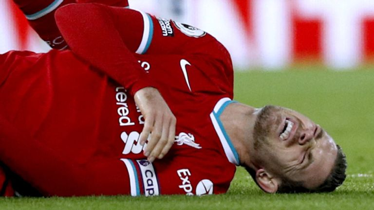 Now even Henderson is injured and Klopp warns: It doesn't look good