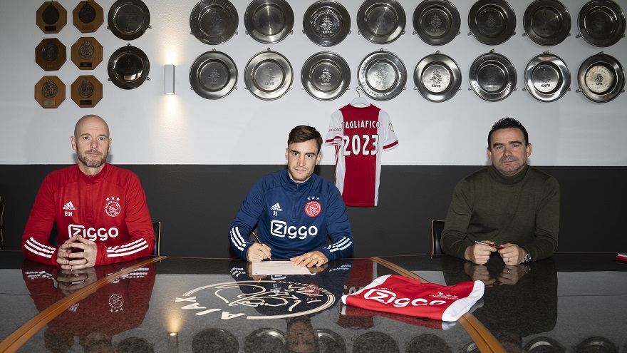 Ajax iron up their last remaining gold pony with a new contract