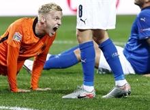 Van Basten: Van de Beek shouldn't have gone to Manchester