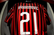Milan's sporting director says it's up to Ibrahimovic to extend his contract