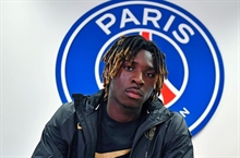 PSG replaced its club-record goalscorer with a 20-year-old Everton flop