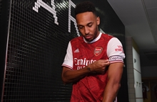 Auba extends! Arsenal finally gets a captain in his prime to stay