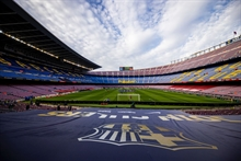 Barca on the brink of bankruptcy: Owing money for salaries and 19 transfers!