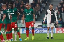 What does Juventus plan on doing with Ronaldo?