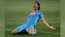 Cavani reveals he refused Juve and Inter both because of his loyalty to Napoli