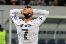 Garry Neville: Ronaldo wants Pele's record