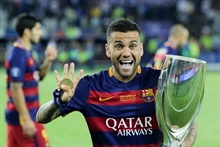 Dani Alves leaves PSG, Barca return possible