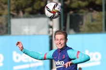 Koeman on De Jong: He's more complete now than when he played for Ajax