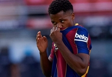 Barca's young new prodigy Ansu Fati tears his meniscus