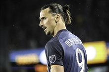 A major twist? Ibra announces he's returning to Spain