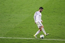 It's getting ridiculous: Isco is the ninth injured Real player this summer