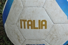 Two penalties as Italy see off Finland