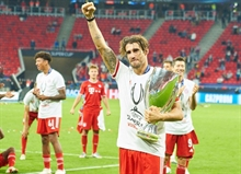 A farewell gift? Javi Martinez's header decides the European Supercup