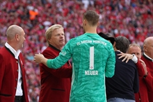 Neuer took an impressive record from his future boss