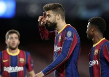 Pique puts his hat in for the future president of Barcelona