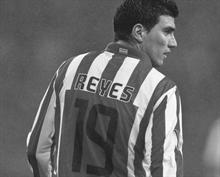 Jose Antonio Reyes dies in a car accident