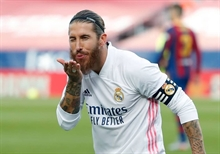 Real vs cameras, round three: Ramos caught insulting former teammate Hakimi