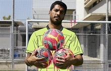 Suarez: Nothing strange about Barca looking for another striker